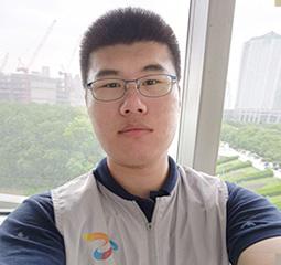 俞泽恺 上海大学考入华东师范大学