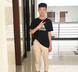 黄帅 第二工业大学考入上海大学